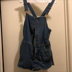 Free people stretch blue jean shorts overalls 4